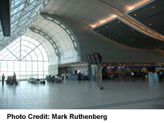 toronto airport,airport meet & greet,services,airports,limos,limousines,toronto,