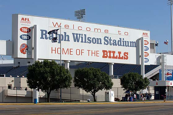 BUFFALO BILLS,BALL GAME,FUN,LIMOS,LIMOUSINES,SERVICES,BUFFALO TORONTO,